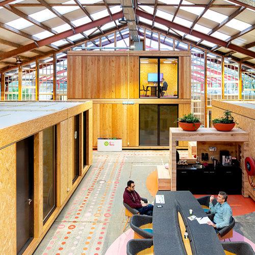 Circulaire-co-working-bedrijfsgebouw-door-architecten-thumbnail